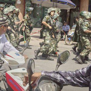 guerre civile au Xinjiang